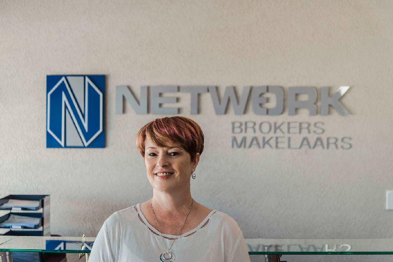 networkbrokers-brackenfell-staff-elzaan_brand